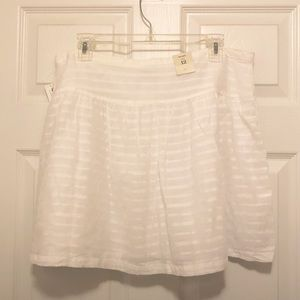 OLD NAVY white on white miniskirt